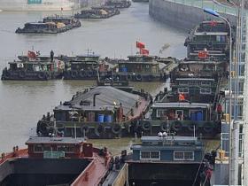 摄影报道:京杭大运河枣庄段恢复正常通航