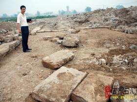 古城台儿庄:泰山庙遗址被整理挖掘(图)