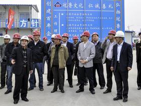 台儿庄区建筑业经验交流会在枣庄二中新校建设现场召开(图)