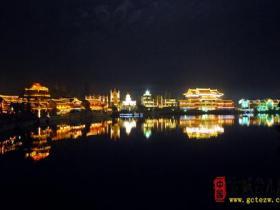 摄影报道:古城台儿庄一个寻梦的地方(夜色一)