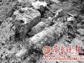 台儿庄古城施工现场再现大战时炮弹(图)