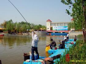台儿庄古城文化产业园今天举行中国·台儿庄河钓大赛(图)