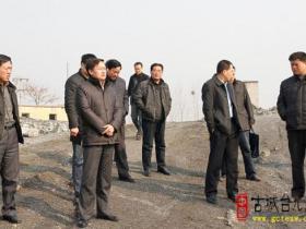 区领导到台儿庄南部山区现场办公 巩固整治成果(图)