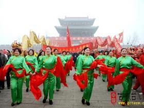 【图文】春节期间台儿庄区文广新局组织开展丰富多彩的节日文化活动