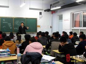 台儿庄古城公交公司开展安全课堂进校园活动(图)