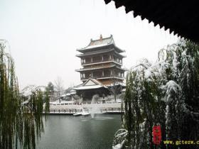 【摄影报道】冰雪中,台儿庄古城象科幻大片在上演(七)