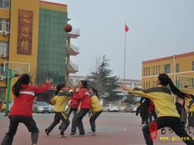 枣庄39中首届篮球联赛圆满闭幕(图)