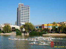 【读图时代】来自2016山东省铁人三项锦标赛及公开水域游泳锦标赛的精彩镜头