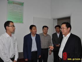 【图文】刘吉忠副市长来台儿庄检查食品药品领域质量安全工作