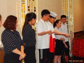 【图文】台儿庄大酒店第二季度消防演习今天举行