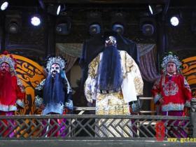 【图文】台儿庄古城:有说有唱有看点 非遗节目在上演