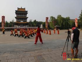 """【图文】《走遍中国》聚焦台儿庄""""美丽经济"""""""