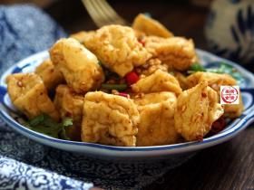 北方人都爱的豆腐吃法,堪称下饭神器,看着就流哈喇子,太香啦