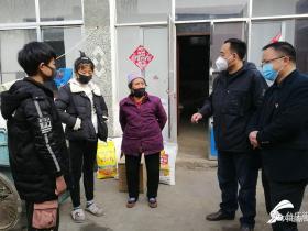 每人300元标准!枣庄台儿庄254名孤困儿童领到救助物资