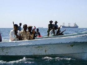 索马里地方政府与海盗交火