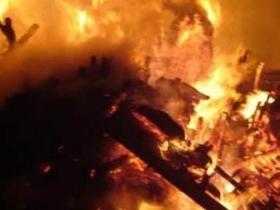 印度一处供销中心发生火灾