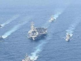 日军舰与美航母再搞联合演习