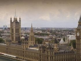 英国国会大厦暂时封闭