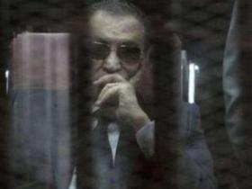 穆巴拉克获释回到家中