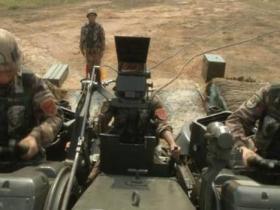 南部军区在中缅边境组织演习
