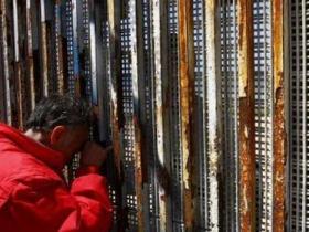 美墨边境墙高达9米难攀爬穿透