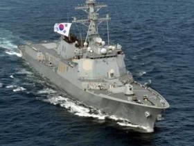 韩军进行大规模海上训练