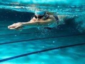 广州中考体育游泳列入必考项