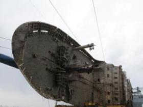 韩国世越号船体出水