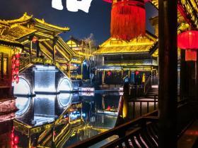 这里的年味最绚烂,台儿庄古城花灯会璀璨齐亮相