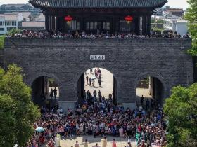 火爆五一小长假 | 台儿庄古城四天共接待游客30.7万人次