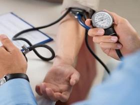 血压达到多少时要开始吃降压药?吃上降压药,就不能停吗?