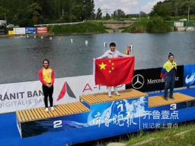 女子划艇世界杯,台儿庄姑娘李微今天获得三枚金牌