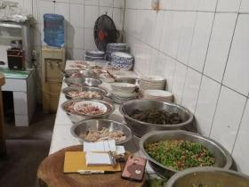 枣庄开了40年的羊肉汤馆,只炒一个热菜不吃遗憾,来晚了就没有了