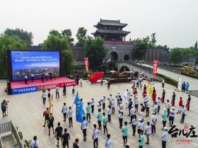 奉献非遗力量 台儿庄古城中华端午文化节 | 大运河龙舟赛在古运河开赛